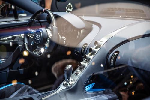 Bugatti Chiron Sport, a Ginevra la serie speciale 110 ans Bugatti (9)