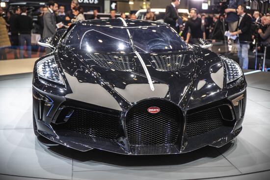 L'anteriore della Bugatti La Voiture Noire