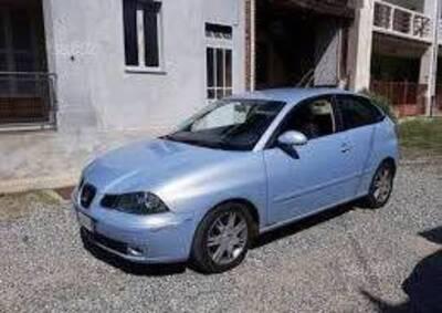 SEAT Ibiza 1.4 16V 101CV 3p. Sport del 2002 usata a Biella