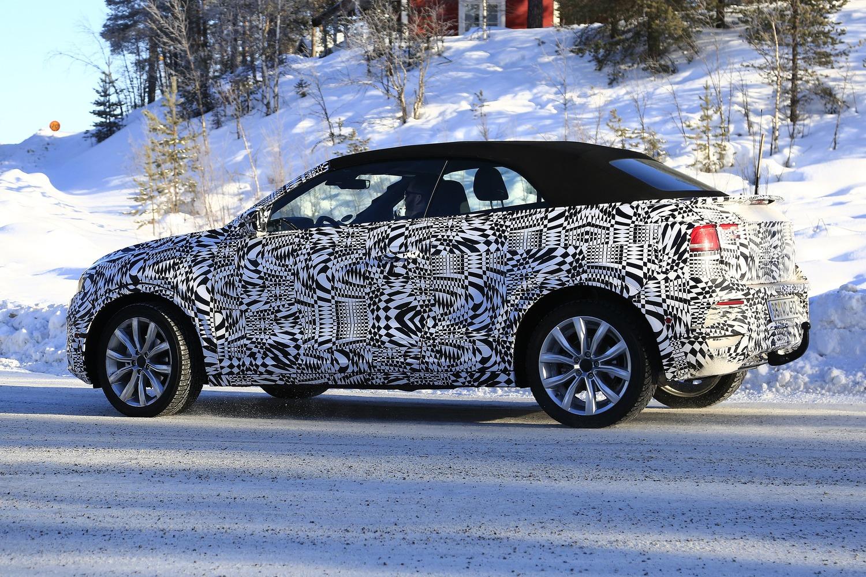Volkswagen T-Roc Cabrio: ecco il nuovo SUV tedesco apribile [foto gallery]