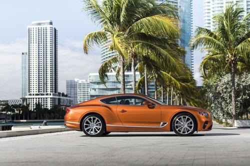 Bentley Continental GT V8, le nuove coupé e cabrio (5)