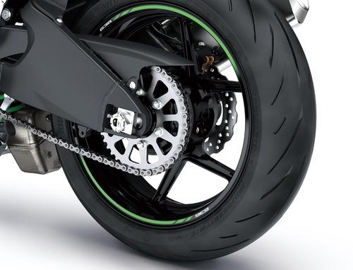 La Ninja calza i nuovi pneumatici Bridgestone S22