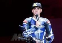 Jorge Lorenzo in tour con Yamaha da Jakarta a Bali