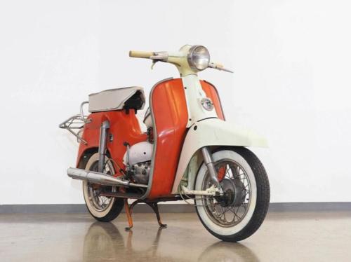 Da Vienna un'asta curiosa di scooter e moto d'epoca (4)