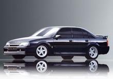 """Opel Omega Lotus, 30 anni fa nasceva la regina delle """"superberline"""""""