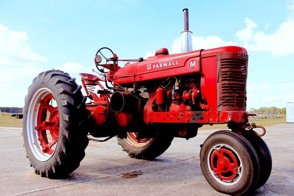 Calendario Manifestazioni Trattori D Epoca.Macchine D Epoca Anche Agricole Dopo 40 Anni Il Trattore