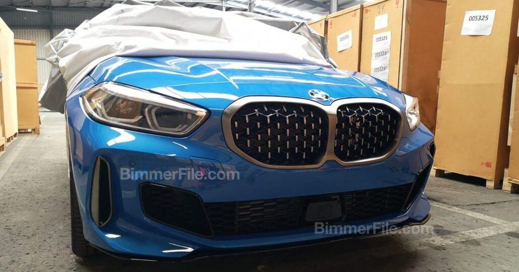 Nuova BMW Serie 1 2020: prime immagini della M Edition a trazione integrale [foto gallery]