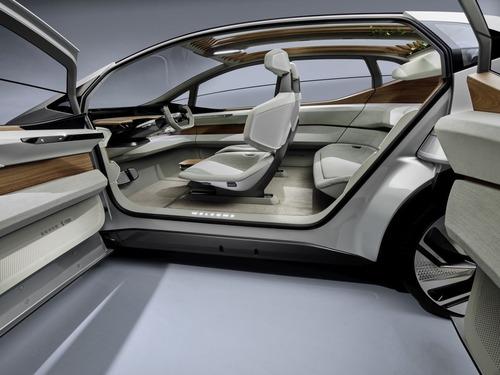 Audi AI:ME: compatta, spaziosa, autonoma (5)
