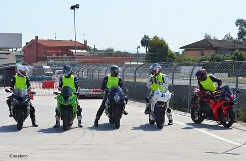 Guida e Impara Riders Academy: scuola in pista (3)