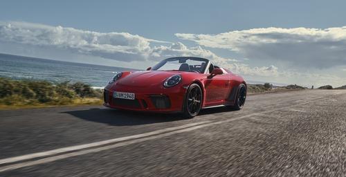 La nuova Porsche 911 Speedster: vecchio modello a chi? [video]