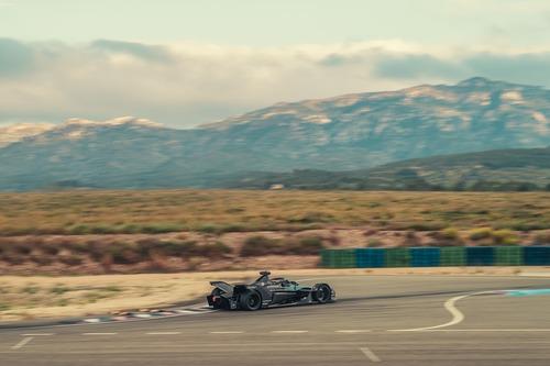 Formula E: Porsche, test in Spagna per il 2019/2020 (4)