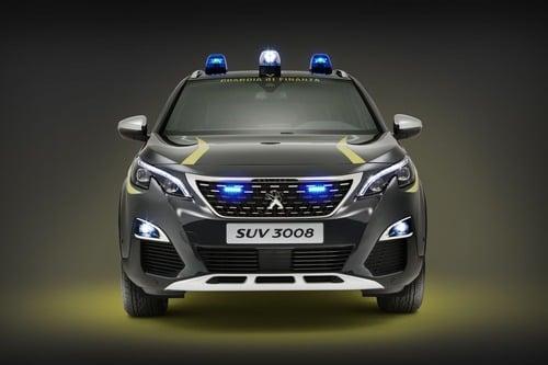 Peugeot 3008 indossa la divisa della Guardia di Finanza - Attualità