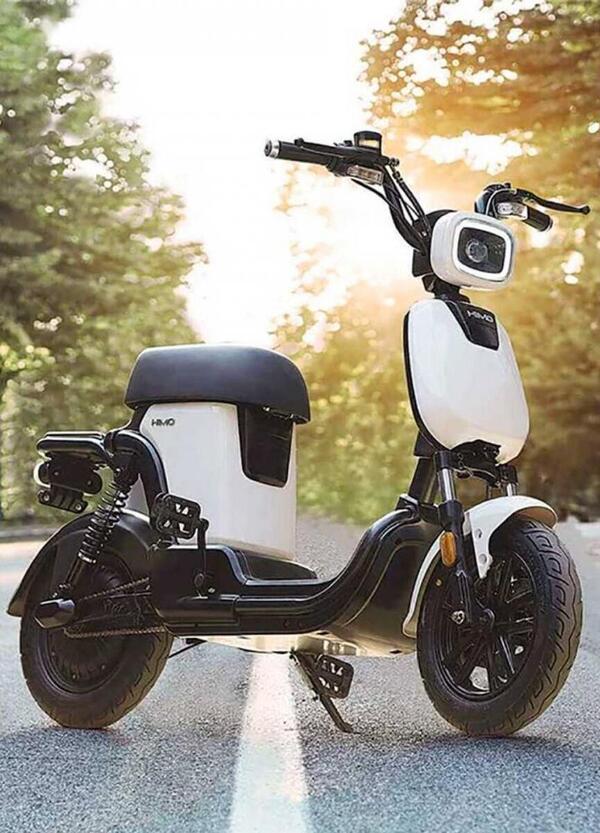 Xiaomi HIMO T1, uno scooter travestito da eBike