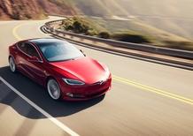 Assicurazioni auto al ribasso, Grazie a Elon Musk: la polizza Tesla taglia i costi con l'Autopilot