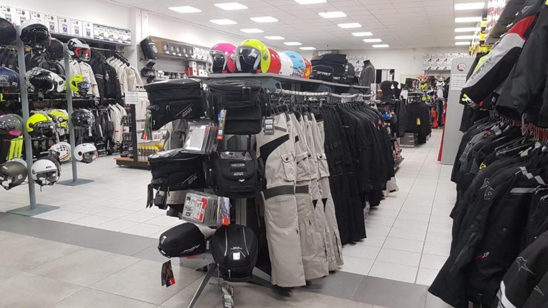 Motoabbigliamento.it apre a Bologna il  suo 13° punto vendita