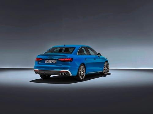 Audi A4 restyling, arriva l'ibrido (2)