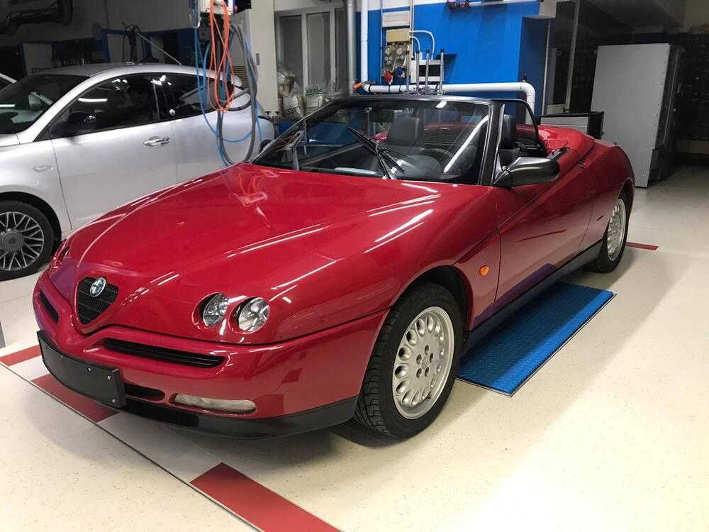 GTV Spider d'epoca del 1996 a Nave (4)