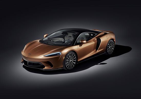 McLaren GT 2019, ecco la nuova sportiva per i lunghi viaggi