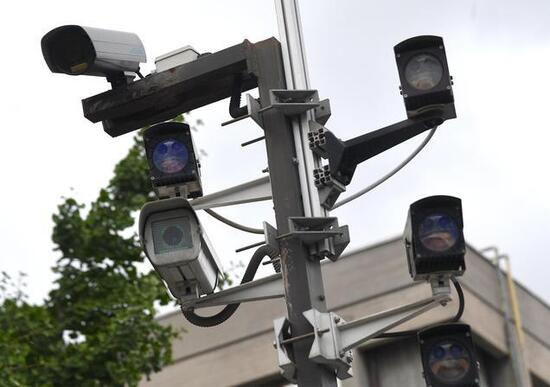 Videocamere di sorveglianza: lecito puntarle sulla pubblica via
