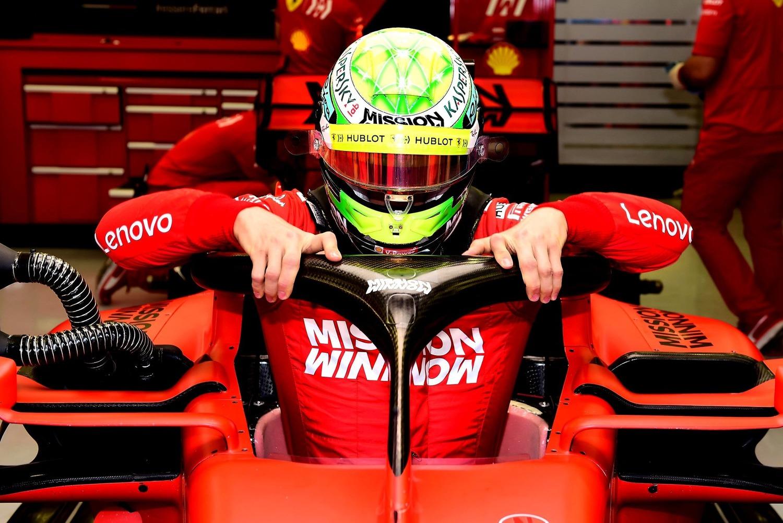 Montecarlo: pole di Hamilton su Bottas, disastro Ferrari