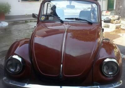 Maggiolone 1.5 karmann cabriolet d'epoca del 1977 a Busto Arsizio