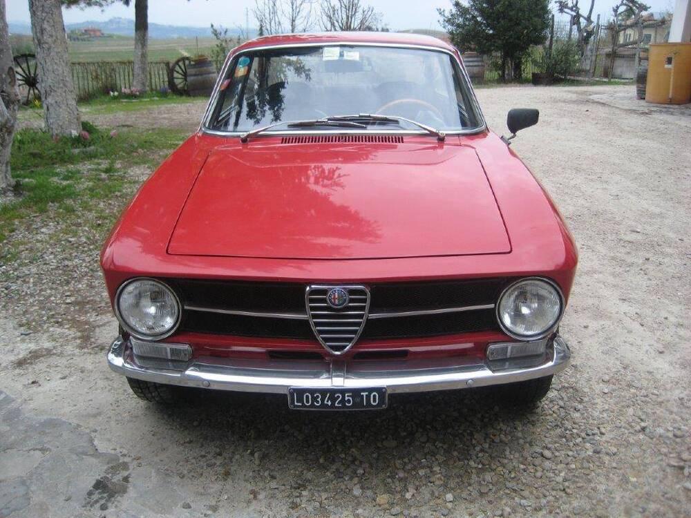 GT 1600 d'epoca del 1974 a Neive (3)