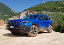 Nuova Cherokee 2019 Trailhawk: col benzina 272 CV è una pura Jeep bella anche in strada