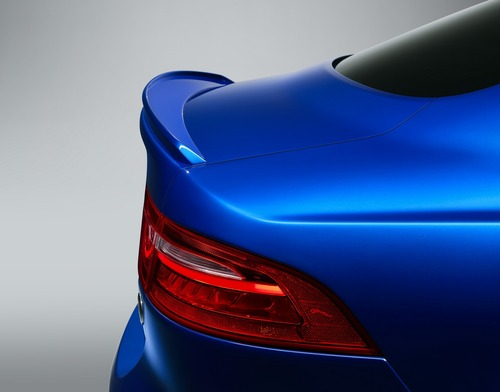 Jaguar XE SV Project 8 Touring: 15 esemplari per la strada (3)