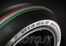 Le Pirelli Diablo Superbike tricolore in pista a Monza