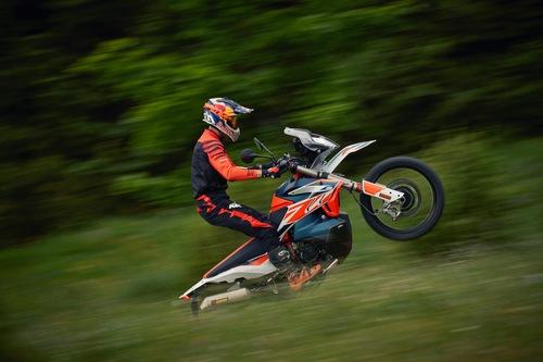 KTM 790 Adventure R Rally: ancora più specialistica! (5)