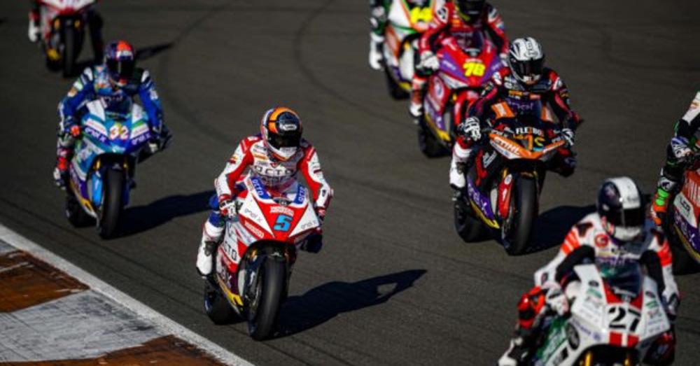 Test MotoE a Valencia. La prima gara (simulata) delle moto elettriche