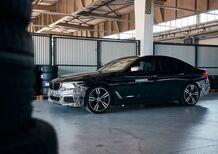 Con l'ibrido Plug-in BMW si passa automaticamente in EV quando serve: basterà per entrare gratis in tutte le ZTL?