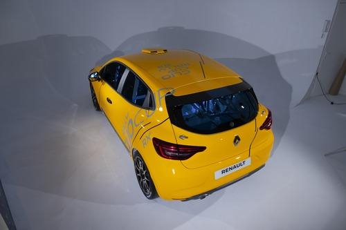 Renault Clio: Cup, Rally ed RX 2020 in un'auto sola (8)