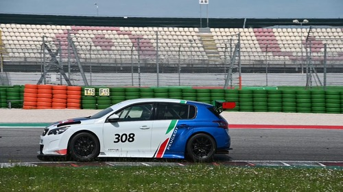 Peugeot 308 TCR, debutto a Adria (4)