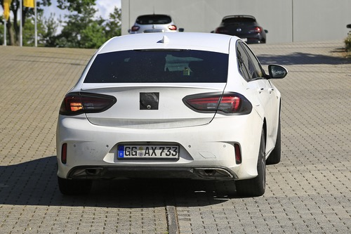 Opel Insignia restyling, le foto spia  (3)