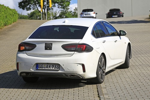 Opel Insignia restyling, le foto spia  (5)
