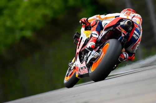 MotoGP 2019. Márquez è il più veloce nelle FP2 in Germania (9)