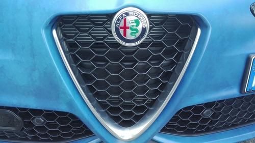 Alfa Romeo Giulia Grand Tour: vacanze speciali (6)