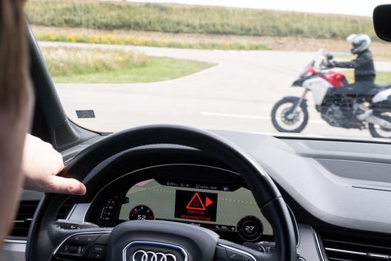 I test del progetto C-2VX su cui si poggia la tecnologia ARAS che dovrebbe equipaggiare la nuova Ducati Multistrada V4