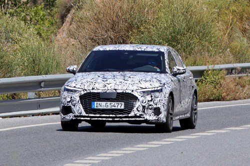 Audi S3 Sportback, le foto spia (2)