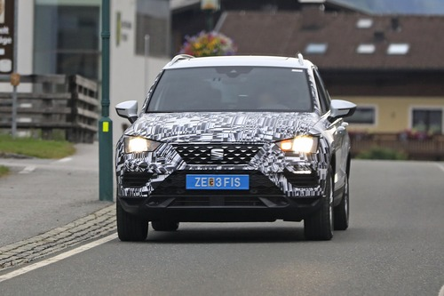 Seat Ateca restyling, le foto spia (4)