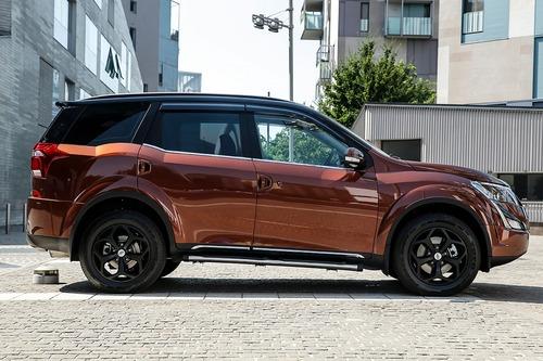 SUV Mahindra, XUV500: 7 posti e fuoristrada soft no-problem. Prezzo? Ancora meno [Foto gallery] (4)