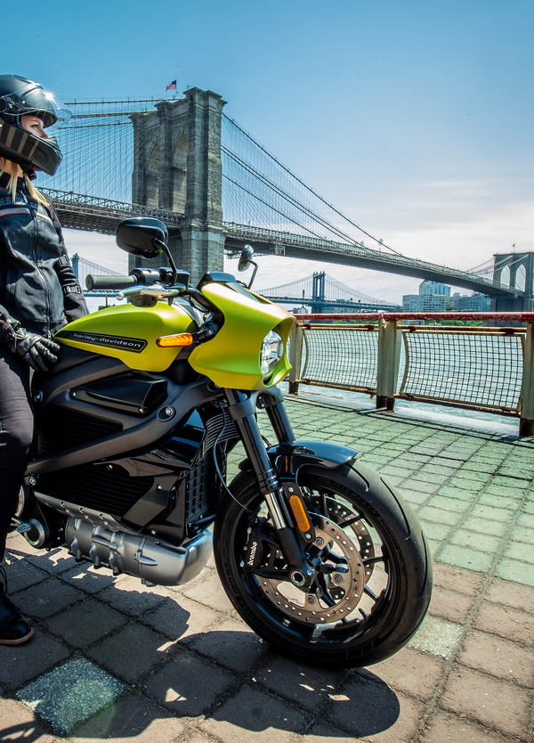 Harley-Davidson LiveWire: caratteristiche e prezzo della prima moto elettrica di Milwaukee