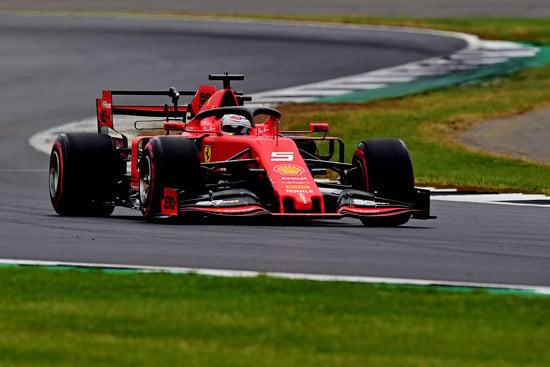 Vettel fuori dai punti a Silverstone