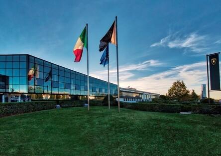 Dipendenti settore Automotive, Lamborghini: nuovi contratti soddisfano sindacati e portafogli