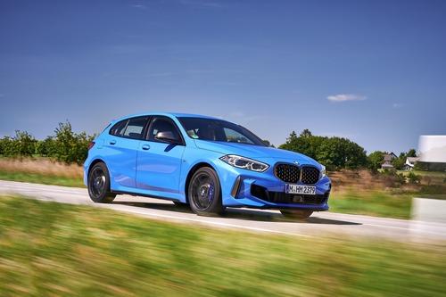 BMW Serie 1 M135i xDrive 2019: parliamone! (5)