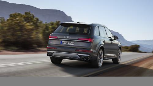 Audi SQ7, svelato il restyling (3)