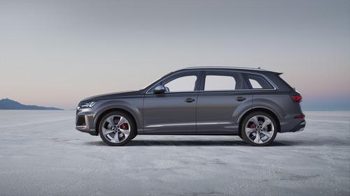 Audi SQ7, svelato il restyling (5)