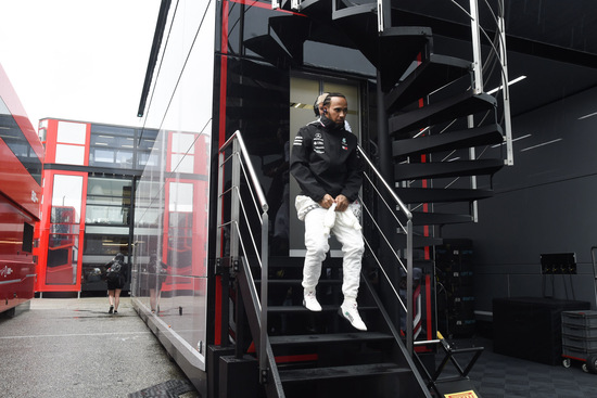 Hamilton a punti ad Hockenheim solo per la squalifica delle Alfa Romeo