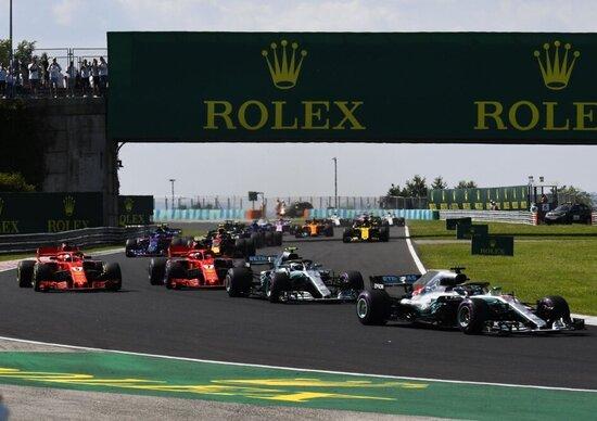 GP Ungheria: pochi giri per le Mercedes, tra bagnato e problemi